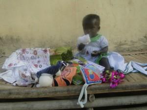 Merci à Gabin et aux élèves du club Mali du collège La milliaire qui ont gâtés Nagnouma.