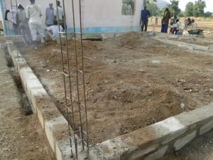 Construction du soubassement de la nouvelle classe de Kalagué