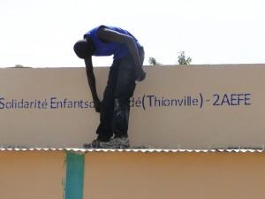 Fin des travaux du projet d'une nouvelle classe à Kalagué 20.12.2014