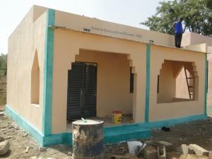 Fin des travaux du projet d'une nouvelle classe à Kalagué 20.12.2014 (5)