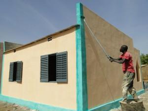 Travaux peinture de la nouvelle classe de Kalague le 20.12.2014