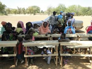 Les femmes du village de Kalagué  l'inauguration de la nouvelle classe