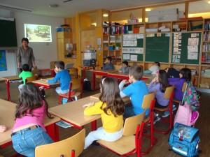 La classe de cycle 2 :  8 ans attentifs et interessés