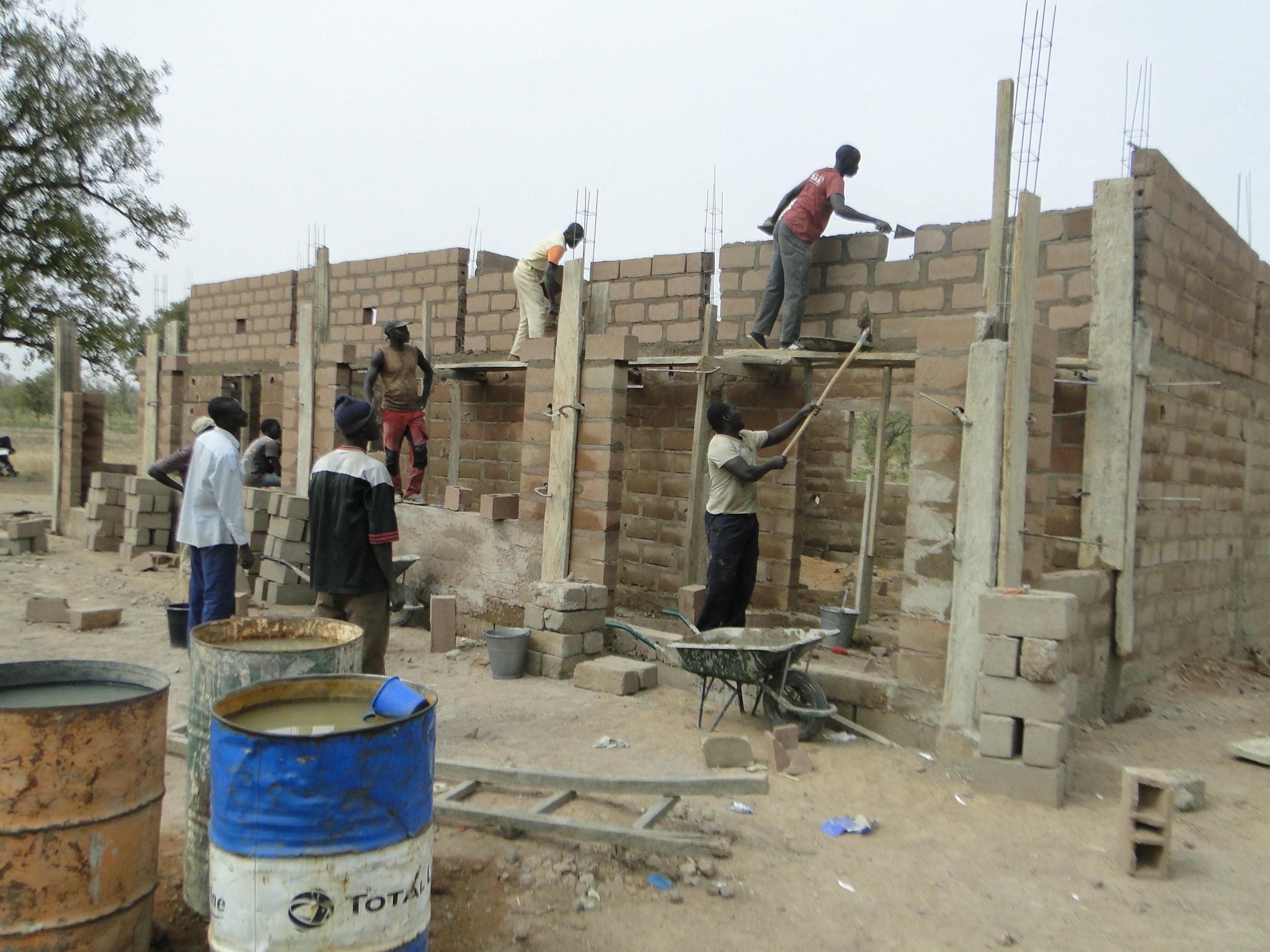 2016 avancement du chantier de construction des for Chantiers de construction